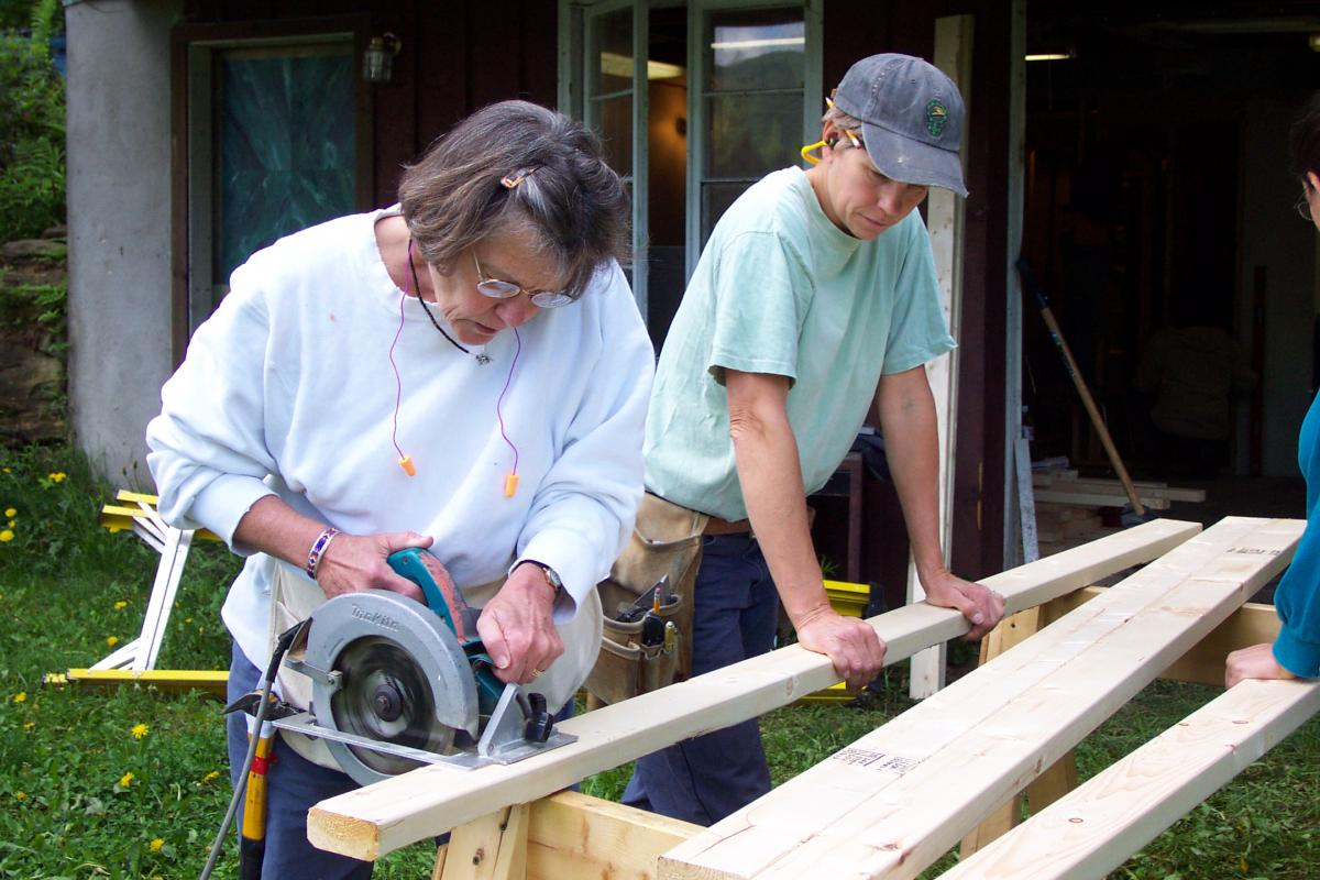 carpentry for women   yestermorrow design/build school